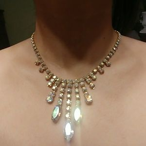 Vintage crystal necklace!